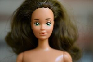 Vintage 1980's Hybrid Tracy Bride Barbie Doll with a New Body - Steffie Face