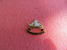 """US Army 8th Cavalry Regiment Crest """"Honor and Courage"""" Pin New"""