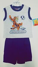 NEW 2 Piece Set Authentic Walt Disney Winnie the Pooh Top and Shorts 2 pc SET