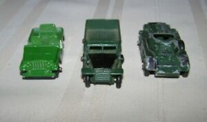 MILITARY DIE CAST LOT OF 3 MODELS 1/64 SCALE