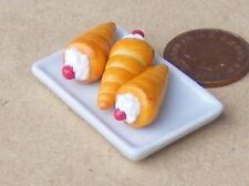 1:12 Scale 3 Cherry Cream Horns On A Ceramic Plate Tumdee Dolls House Cake PL50