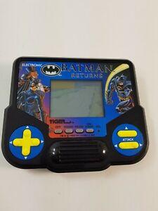 Batman Returns Tiger LCD Electronic Computer Game Handheld Vintage Tested Works