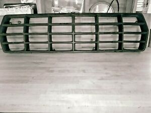 1978 Ford Bronco Grille Insert Trim fits F100 F150 F250 351 428 429 460 Motor
