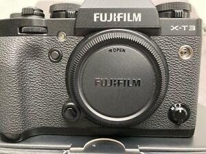 Fujifilm X-T3 26.1 MP Mirrorless Camera - Black (Body Only) Beautiful Condition