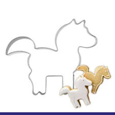 2 Pcs Packed Lovely Horse Stainless Steel Cookie Dessert Fruit Cutter DIY Mold