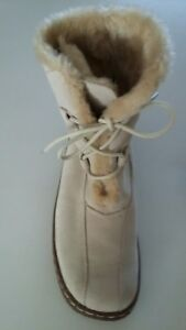 NEW womans 6 Bass edson tan suede leather winter boots rubber bottoms lace up
