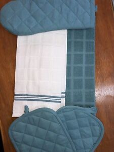 Mainstay 5 Piece Kitchen Set Includes 2 Kitchen Towels Kitchen Owls 2 Oven Mitts 1 Pot Holders