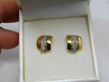 paire de boucle  d'oreille  en or 18k avec diamants