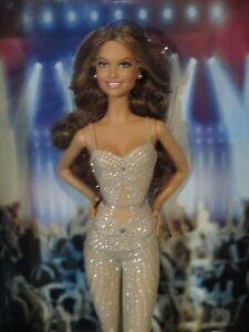 Barbie 2013 Black Label New in box Jennifer Lopez World Tour Doll