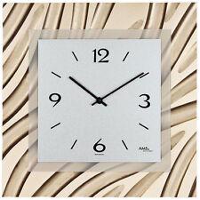 Quadratische Wanduhren aus Holz mit 12-Stunden-Anzeigeformat