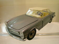 DINKY TOYS FRANCE No.516 MERCEDES-BENZ  230SL SILVER COLOUR SCALE 1:43