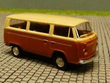 1/87 Brekina VW T2 hellbeige/braun de Lux Bus