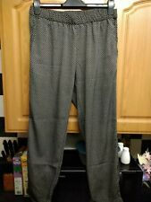 Ladies H&M Black And White Check Trousers Size 12