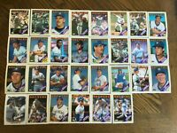 1988 MILWAUKEE BREWERS Topps COMPLETE Baseball Team SET 30 Cards YOUNT MOLITOR!