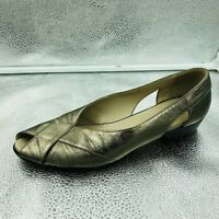 Russell & Bromley Sz 38.5 5.5 Metallic Woven Leather Flat Sandals Womens
