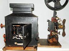 PROYECTOR salón 35 mm el tipo de estado GAUMONT chrono XI bis rojo -Circa 1914