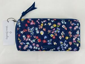 Vera Bradley Accordion Wallet Zip Around Clutch Scattered Wildflowers $65 NWT