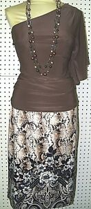 WHITE HOUSE BLACK MARKET--sz 6--PAISLEY SNAKE PRINT PENCIL SKIRT--GORGEOUS-NWT