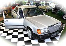 Mercedes Benz 200 W124 Oldtimer aus 1986