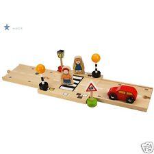 Circuit pour voiture et train en bois- accessoires- passage pour piétons- Neuf**