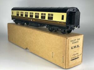 VINTAGE EXLEY (00) MODEL 1st  CLASS  CORRIDOR COACH