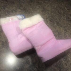 New NFL Superbowl Champion Philadelphia Eagles Boot Slippers Pink  XL (W 11-12)