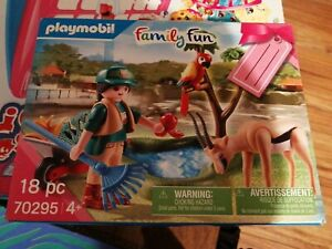 Playmobil Family Fun 70295 Zoo Gift Set with Figure and Animals NEW SEALED XMAS