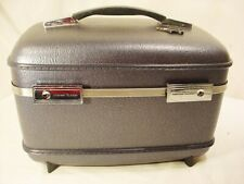 Vtg Grey American Tourister Train Case Suitcase KEY Cosmetic Makeup Over Night
