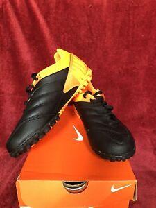 Nike Bomba Pro soccer TF Turf Cleats Leather Sz 6.5