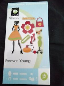 Cricut Cartridge - Forever Young Fashion Girl - With Booklet And Keypad Overlay