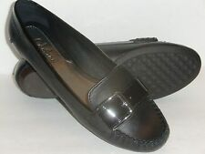 Women's Cole Haan Black Leather w/Buckle Slip-Ons/Flats 8 AA (extra narrow) EUC