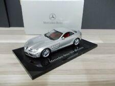 MiniChamps 1/43 - Mercedes-Benz SLR McLaren Crystal silver 2003
