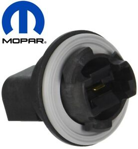 For Jeep Compass Patriot 2007-2017 Front Parking Signal Light Bulb Socket Mopar