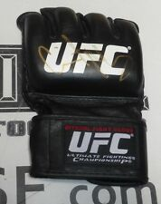 Gilbert Melendez Signed UFC Official Fight Glove PSA/DNA The Ultimate Fighter 20
