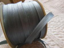 ruban vintage en satin gris 10 mètres sur 0,8 cm creation couture bijoux ancien