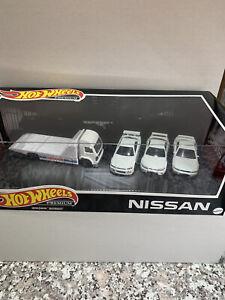 2021 Hot Wheels Premium Collector Garage Set - Nissan Skyline GT-R R32 R33 R34