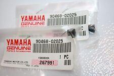 2 NOS Yamaha snowmobile oil line clips SRX440 VMX540 VMAX-4 PZ480 90468-02025