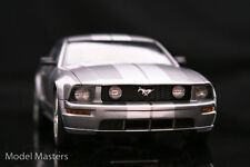 1:18 Autoart 2005 Ford Mustang GT tungsten silver 2004 voitures Version-Rare
