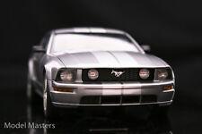 1:18 Autoart 2005 Ford Mustang GT Tungsten Silver 2004 auto show version-rareza