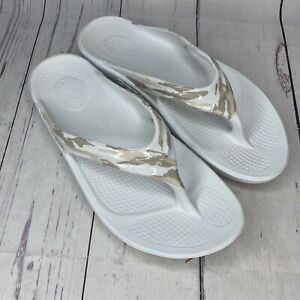 Oofos Women's OOlala Limited Sandal White Camo Size 10 Hardly Worn