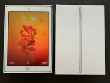 Apple iPad 5th Gen. 32GB, Wi-Fi, 9.7in - Silver. Immaculate Condition.