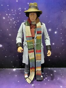 DOCTOR WHO CLASSIC FIGURE THE 4th FOURTH DOCTOR with SONIC SCREWDRIVER TOM BAKER