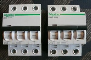 DISJONCTEUR TRIPHASE 10 AMPERES, C10A SCHNEIDER ELECTRIC A9F87310 MERLIN GERIN