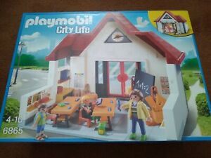 Playmobil 6865 City Life School House With Moveable Clock Hands,  New in Box
