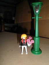 PLAYMOBIL 5340 Working Street lamp light with flowers and figure
