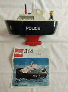 Lego 314 Police Boat Complete with figures & Instructions