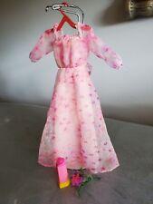 Vintage 1979 'Kissing Barbie Doll' Fashion/Clothes Pink Floral Dress, bouquet
