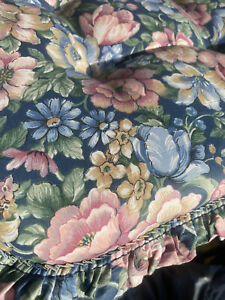 4 (to 11) Floral Blue Pinks Green Super Thick  Kitchen/Dining Seat Cushions EUC