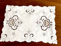Vintage Hand Embroidered White Linen Silver Taupe NEEDLEWORK Table Centre Cloth