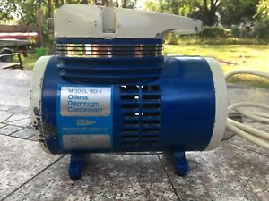 Badger 180-1 Oilless Diaphragm Air Compressor for Airbrushing